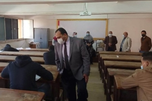 "Prof. Tamer Samir inspects the First Semester Exams at Faculties of Science and Engineering ""Benha"""